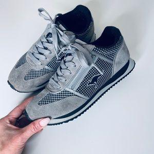 Vintage KangaRoos Grey Side Zip Sneakers